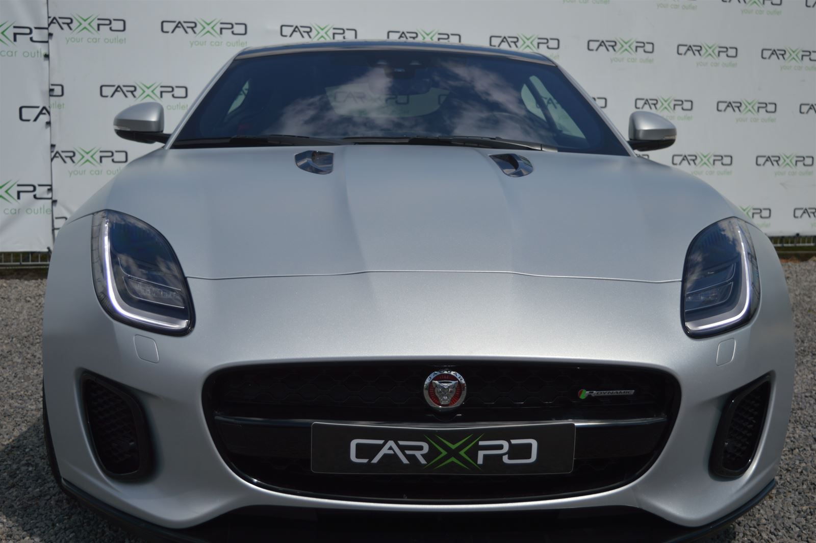 JAGUAR F-TYPE 2.0 i4 R-DYNAMIC SPECIAL PAINT SILVER SATIN