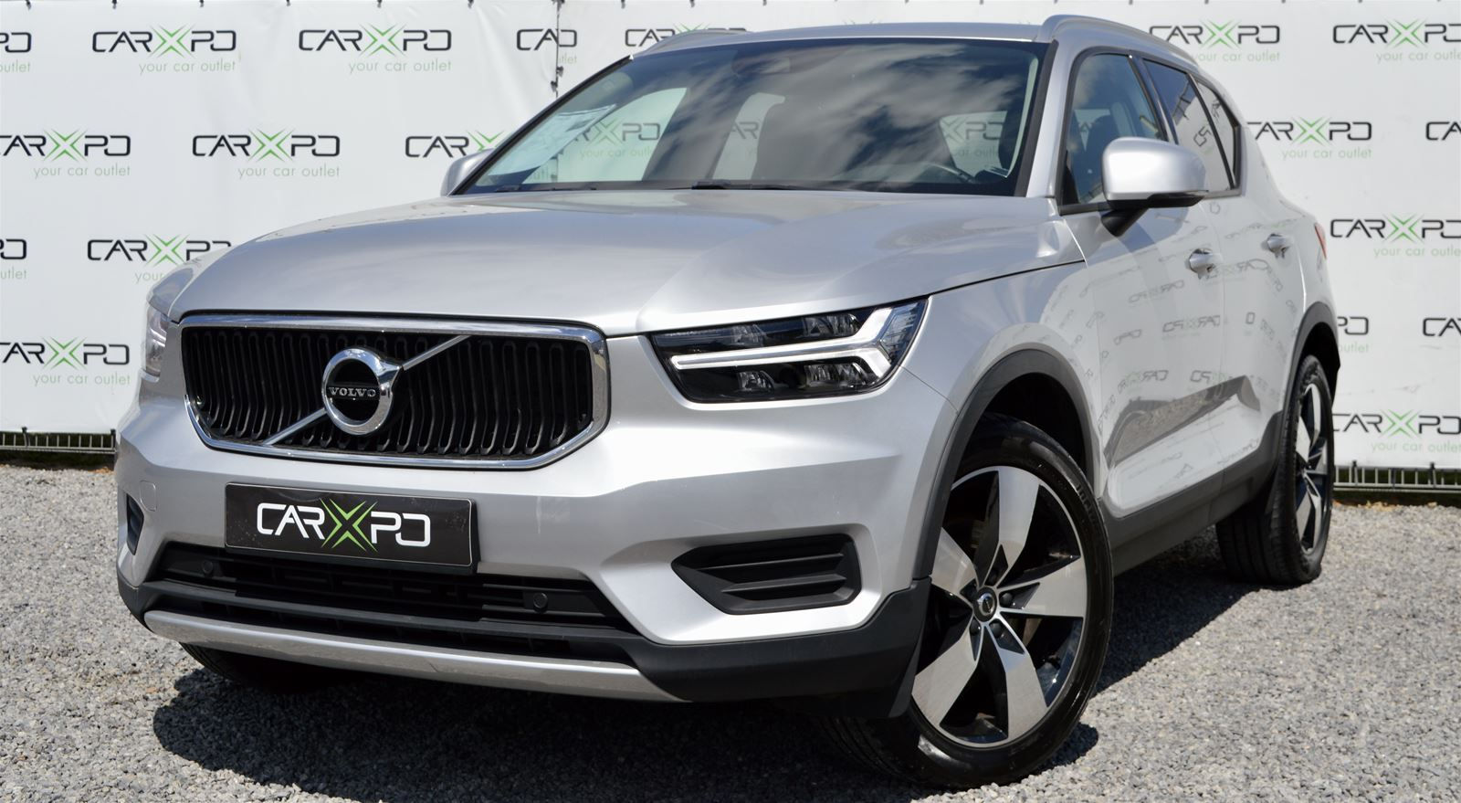 VOLVO XC40 T4 A/T MOMENTUM