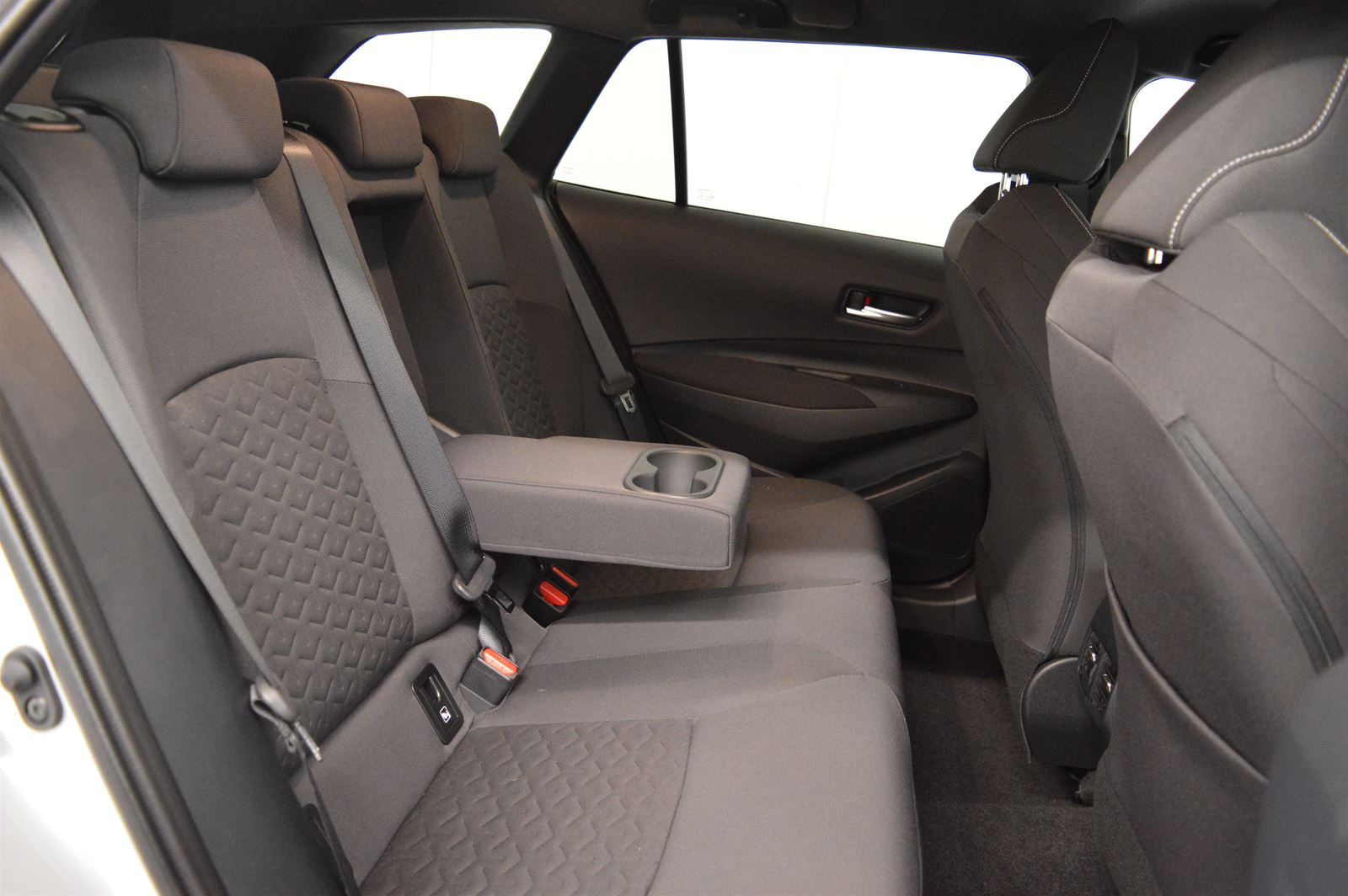 Toyota Corolla Hybrid 180PK