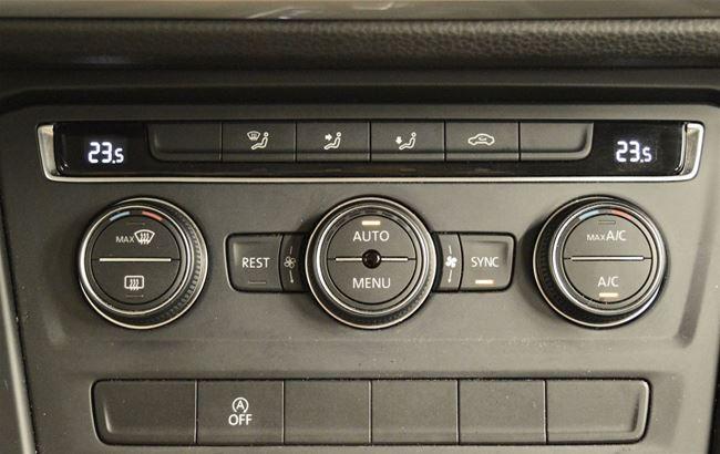 VW TOURAN 1.6 TDi DSG 115CH 7-PLACES - CRUISE - GPS