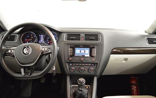 VW JETTA 2.0 TDI 110PK NAVI - AIRCO - CRUISE
