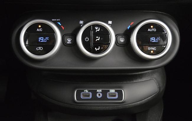 FIAT 500X LOUNGE 1.4 140PK